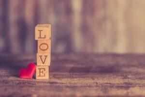 أسئلة نفسية عن الحب